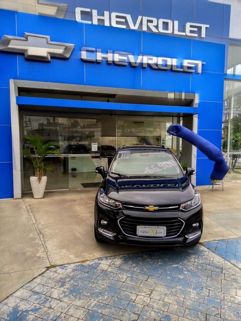 //www.autoline.com.br/carro/chevrolet/tracker-14-lt-16v-flex-4p-turbo-automatico/2018/sao-paulo-sp/11557481