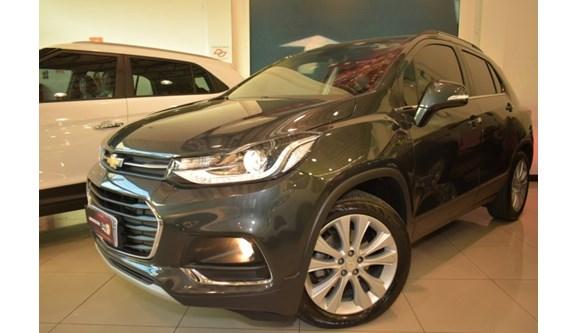 //www.autoline.com.br/carro/chevrolet/tracker-14-premier-16v-flex-4p-turbo-automatico/2019/sorocaba-sp/11853799