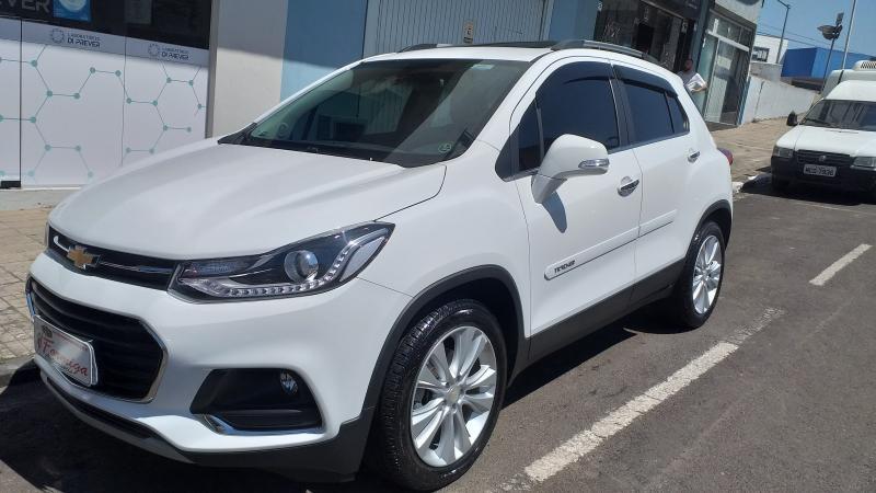 //www.autoline.com.br/carro/chevrolet/tracker-14-midnight-16v-flex-4p-turbo-automatico/2019/lages-sc/12946429