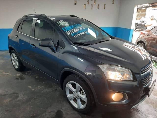 //www.autoline.com.br/carro/chevrolet/tracker-18-ltz-fwd-16v-flex-4p-automatico/2015/sao-paulo-sp/13132119