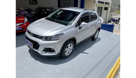 //www.autoline.com.br/carro/chevrolet/tracker-14-lt-16v-flex-4p-turbo-automatico/2019/sao-paulo-sp/13472175