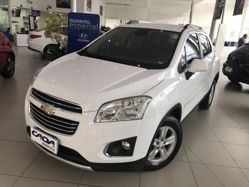 //www.autoline.com.br/carro/chevrolet/tracker-18-lt-16v-flex-4p-automatico/2016/santos-sp/13609886