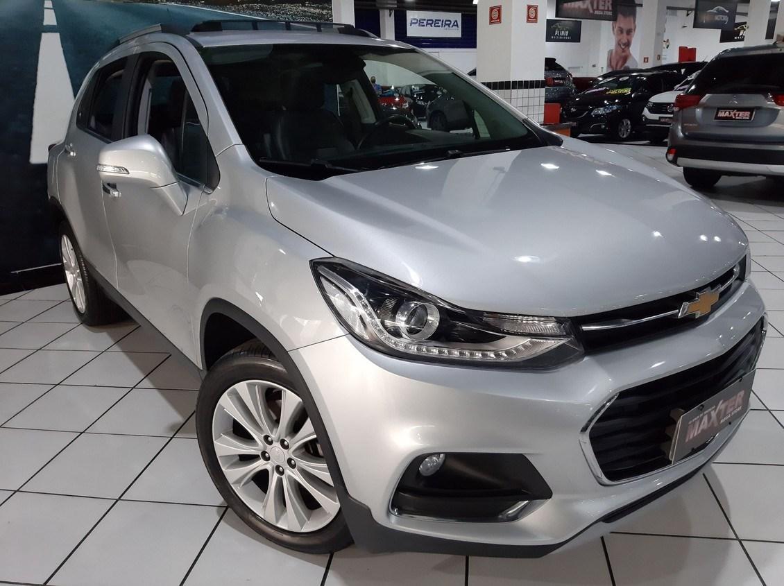 //www.autoline.com.br/carro/chevrolet/tracker-14-premier-16v-flex-4p-turbo-automatico/2018/sao-paulo-sp/14033080