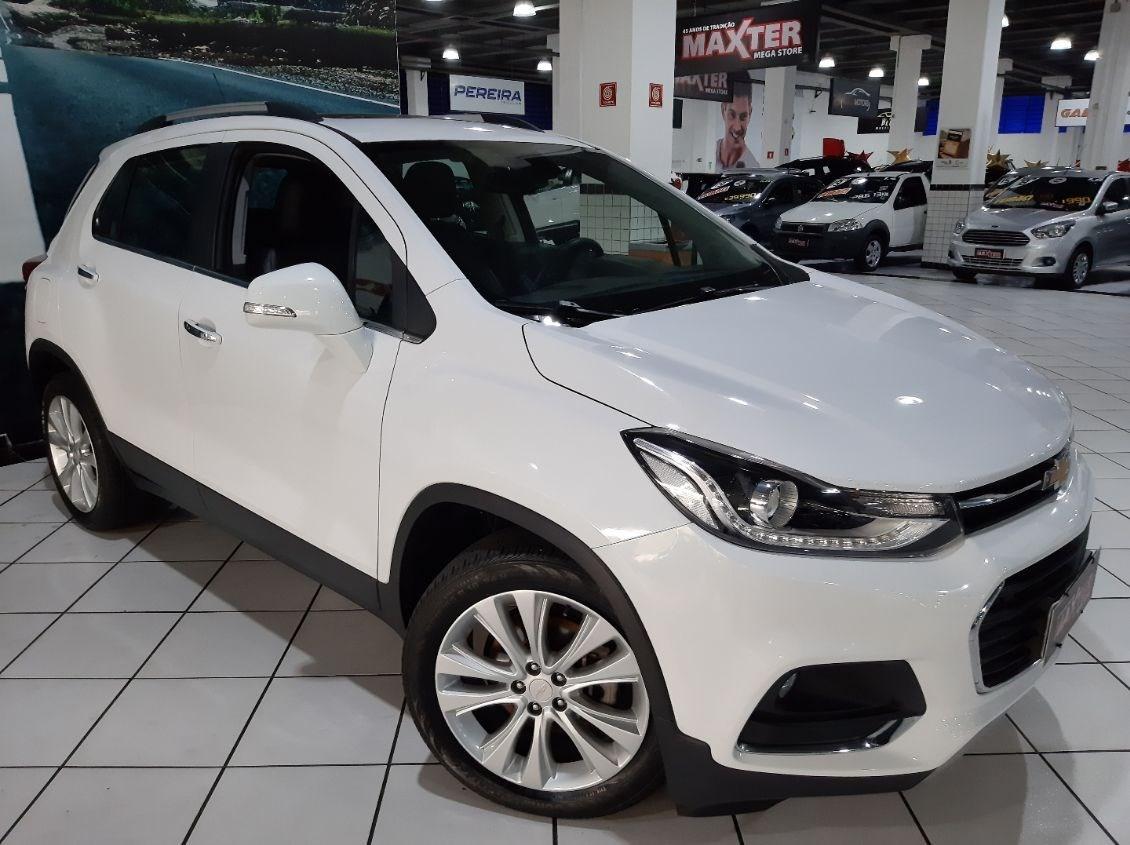 //www.autoline.com.br/carro/chevrolet/tracker-14-premier-16v-flex-4p-turbo-automatico/2018/sao-paulo-sp/15183486