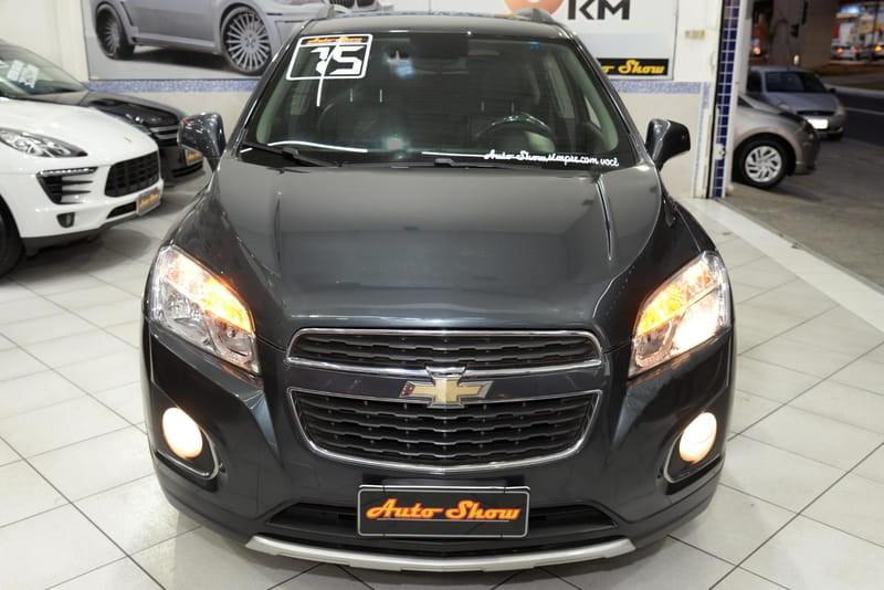 //www.autoline.com.br/carro/chevrolet/tracker-18-ltz-fwd-16v-flex-4p-automatico/2015/sao-paulo-sp/15267586