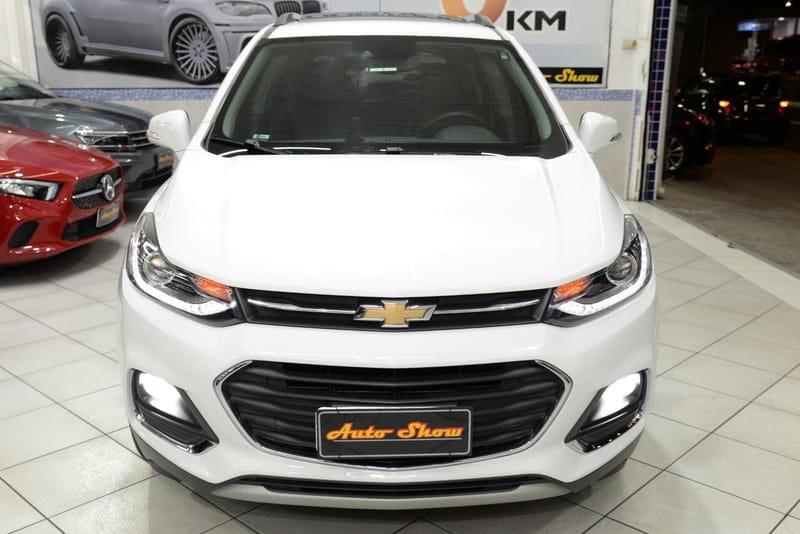 //www.autoline.com.br/carro/chevrolet/tracker-14-premier-16v-flex-4p-turbo-automatico/2018/sao-paulo-sp/15655171