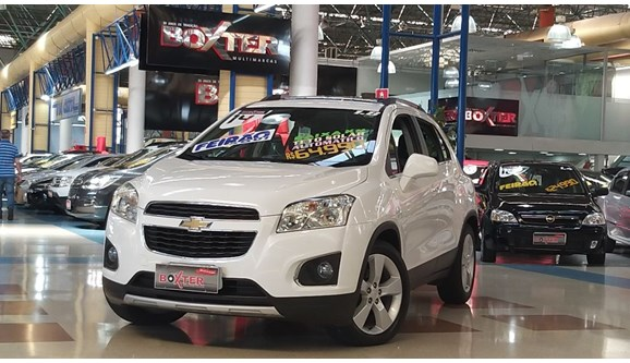 //www.autoline.com.br/carro/chevrolet/tracker-18-ltz-16v-flex-4p-automatico/2014/santo-andre-sp/9800582
