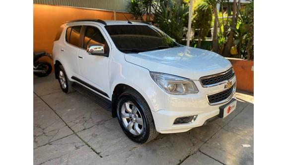 //www.autoline.com.br/carro/chevrolet/trailblazer-28-ltz-16v-diesel-4p-4x4-turbo-automatico/2014/belo-horizonte-mg/11637509