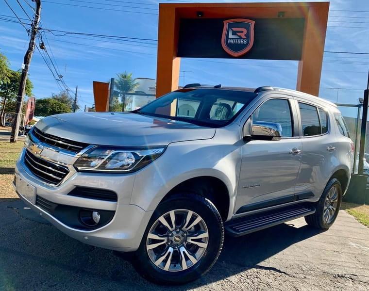 //www.autoline.com.br/carro/chevrolet/trailblazer-28-premier-7l-16v-diesel-4p-4x4-turbo-automat/2020/goiania-go/11954324
