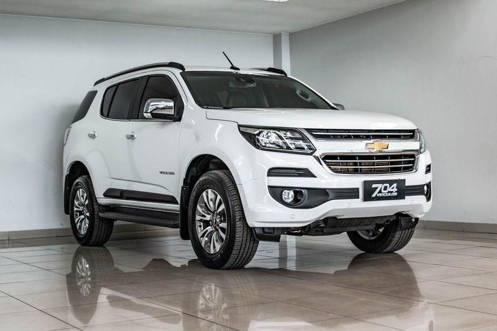 //www.autoline.com.br/carro/chevrolet/trailblazer-28-ltz-7l-16v-diesel-4p-4x4-turbo-automatico/2019/brasilia-df/15269431