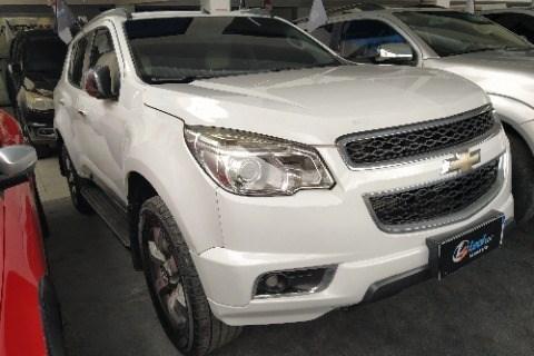 //www.autoline.com.br/carro/chevrolet/trailblazer-28-ltz-16v-diesel-4p-4x4-turbo-automatico/2013/campina-grande-pb/15295725