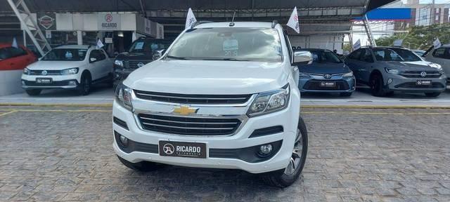 //www.autoline.com.br/carro/chevrolet/trailblazer-28-ltz-7l-16v-diesel-4p-4x4-turbo-automatico/2019/campina-grande-pb/15615278