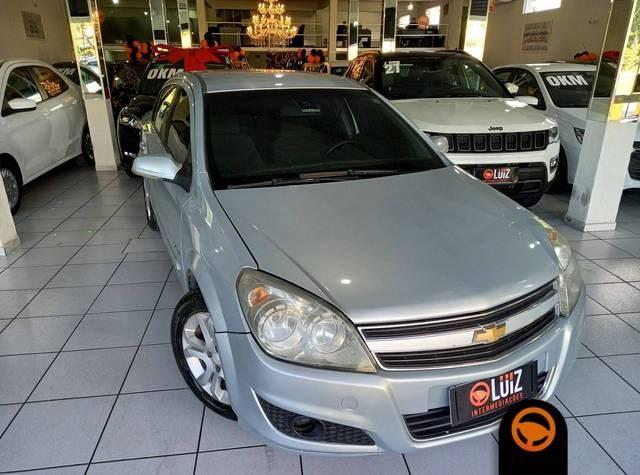 //www.autoline.com.br/carro/chevrolet/vectra-20-sedan-elegance-8v-flex-4p-manual/2011/volta-redonda-rj/14448619