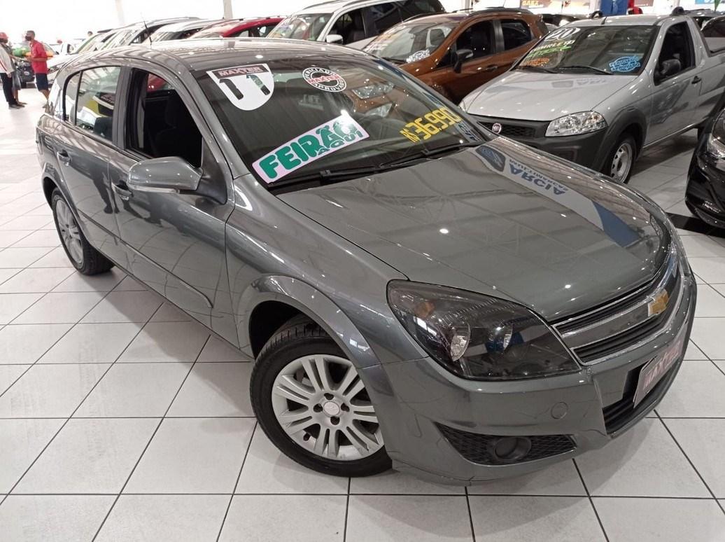 //www.autoline.com.br/carro/chevrolet/vectra-20-hatch-gt-8v-flex-4p-manual/2011/sao-paulo-sp/14952245