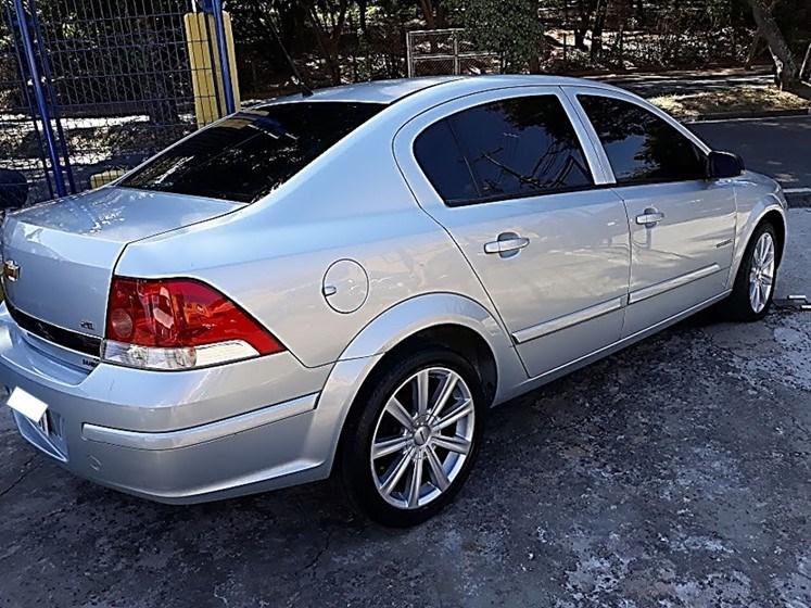 //www.autoline.com.br/carro/chevrolet/vectra-20-sedan-expression-8v-flex-4p-manual/2010/campinas-sp/15103883