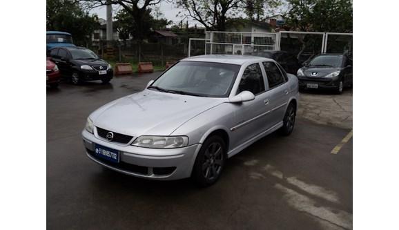 //www.autoline.com.br/carro/chevrolet/vectra-22-expression-8v-sedan-gasolina-4p-manual/2002/porto-alegre-rs/6518027