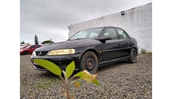 //www.autoline.com.br/carro/chevrolet/vectra-22-cd-16v-sedan-gasolina-4p-manual/2001/ararangua-sc/6768894