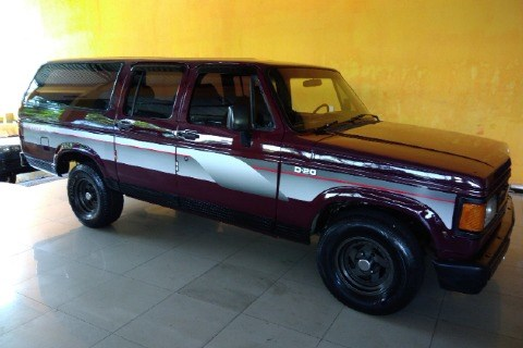 //www.autoline.com.br/carro/chevrolet/veraneio-40-custom-s-90cv-4p-diesel-manual/1988/santo-andre-sp/13569208