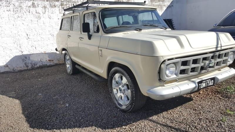 //www.autoline.com.br/carro/chevrolet/veraneio-41-custom-s-160cv-4p-alcool-manual/1985/campo-grande-ms/14282044