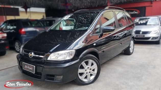 //www.autoline.com.br/carro/chevrolet/zafira-20-l-elegance-8v-flex-4p-automatico/2010/sao-paulo-sp/11512687