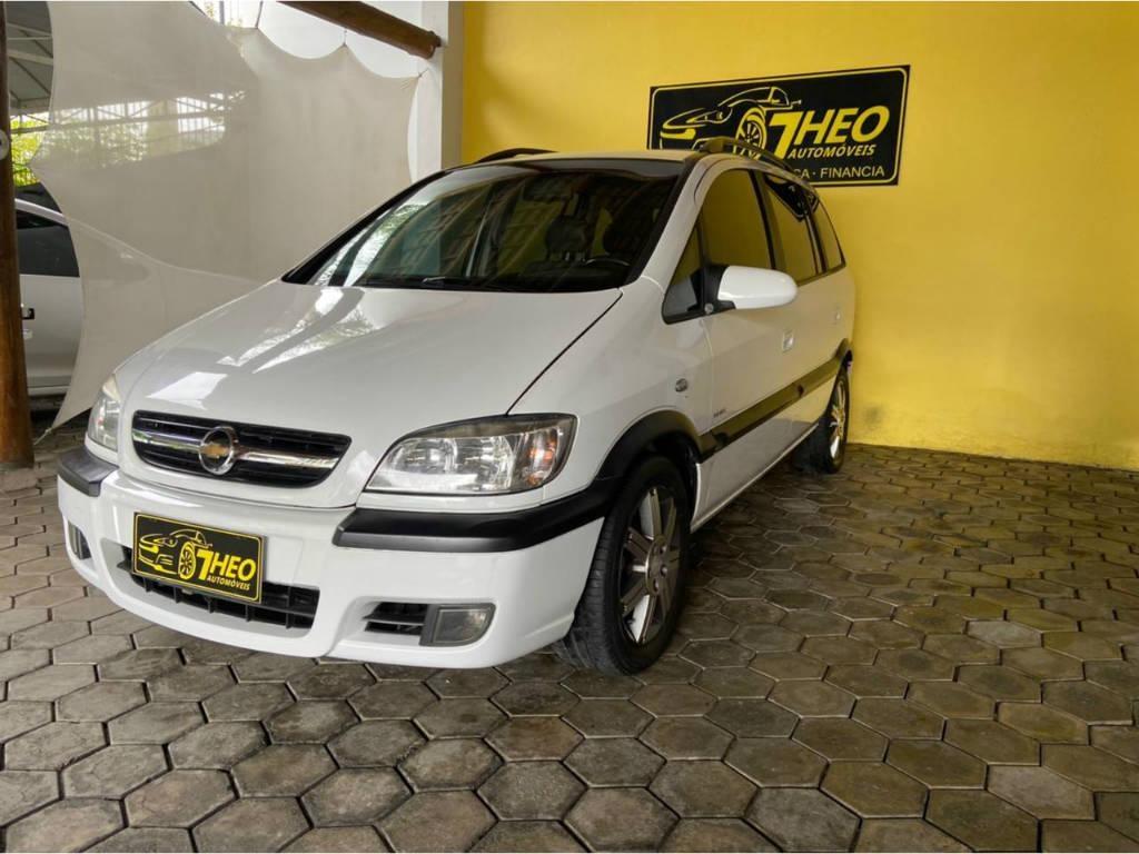 //www.autoline.com.br/carro/chevrolet/zafira-20-l-elite-8v-flex-4p-automatico/2012/blumenau-sc/12163131
