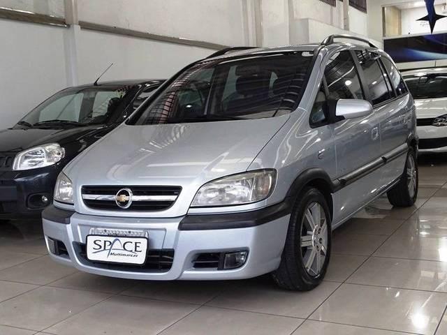 //www.autoline.com.br/carro/chevrolet/zafira-20-l-elegance-8v-flex-4p-automatico/2012/belo-horizonte-mg/12740124