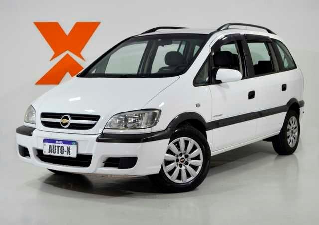 //www.autoline.com.br/carro/chevrolet/zafira-20-l-expression-8v-flex-4p-automatico/2012/curitiba-pr/13425592