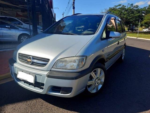 //www.autoline.com.br/carro/chevrolet/zafira-20-l-comfort-8v-flex-4p-manual/2010/ribeirao-preto-sp/14416985