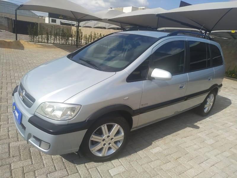 //www.autoline.com.br/carro/chevrolet/zafira-20-l-elite-8v-flex-4p-automatico/2011/cascavel-pr/14424955