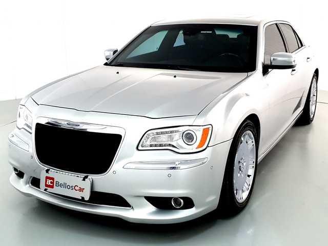 //www.autoline.com.br/carro/chrysler/300-36-24v-gasolina-4p-automatico/2012/curitiba-pr/12511478
