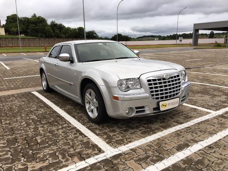 //www.autoline.com.br/carro/chrysler/300c-35-24v-sedan-gasolina-4p-automatico/2009/taubate-sp/10703335