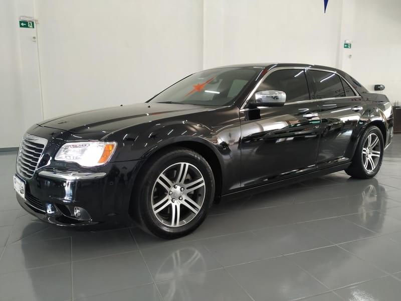 //www.autoline.com.br/carro/chrysler/300c-36-v6-gasolina-4p-automatico/2012/cascavel-pr/12400342