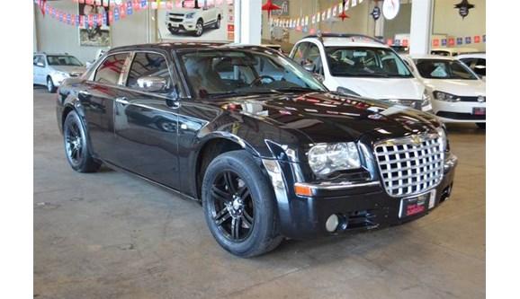 //www.autoline.com.br/carro/chrysler/300c-35-24v-sedan-gasolina-4p-automatico/2008/inhumas-go/8731485
