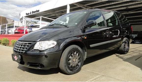//www.autoline.com.br/carro/chrysler/grand-caravan-33-se-12v-gasolina-4p-automatico/2005/ribeirao-preto-sp/4950621