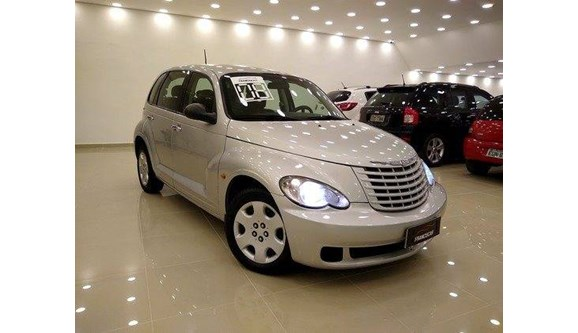 //www.autoline.com.br/carro/chrysler/pt-cruiser-24-classic-16v-gasolina-4p-automatico/2008/sao-paulo-sp/11092654