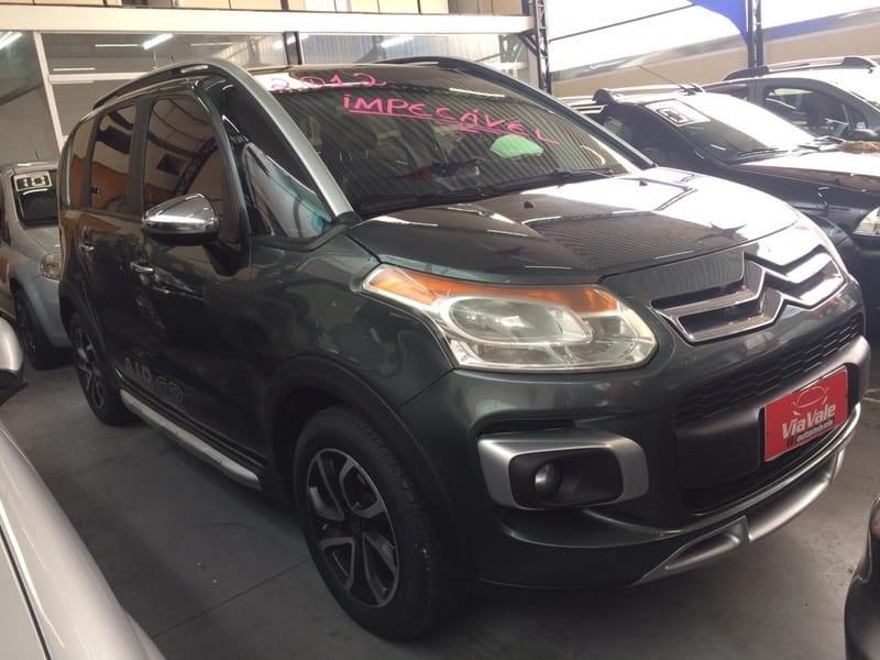 //www.autoline.com.br/carro/citroen/aircross-16-exclusive-16v-flex-4p-manual/2012/sao-jose-dos-campos-sp/10405292