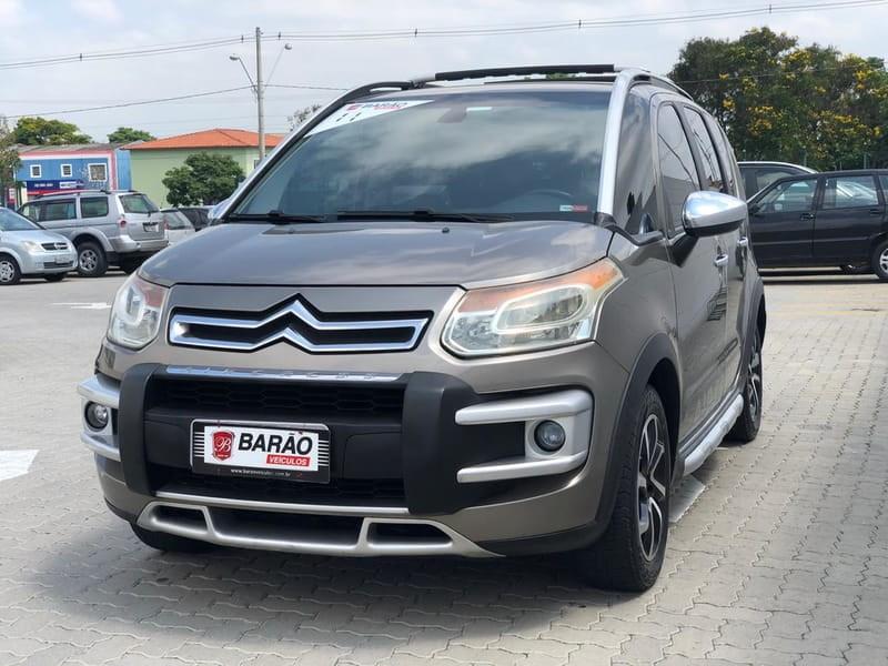 //www.autoline.com.br/carro/citroen/aircross-16-exclusive-16v-flex-4p-manual/2011/jacarei-sp/10466931