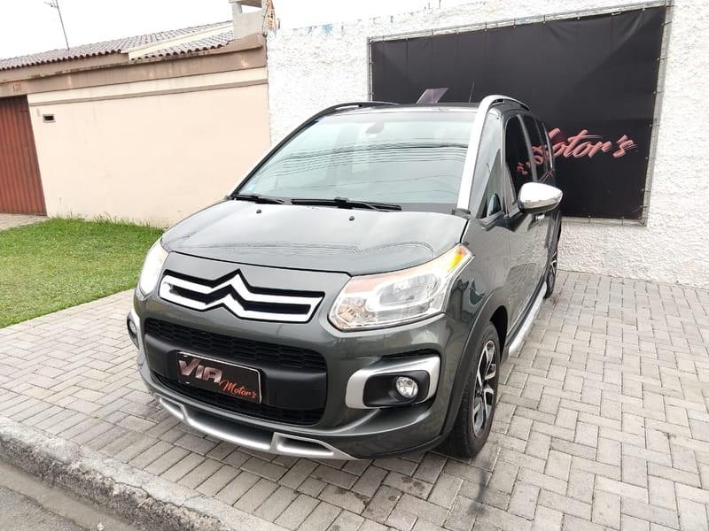 //www.autoline.com.br/carro/citroen/aircross-16-exclusive-16v-flex-4p-automatico/2013/sao-jose-dos-pinhais-pr/10515823