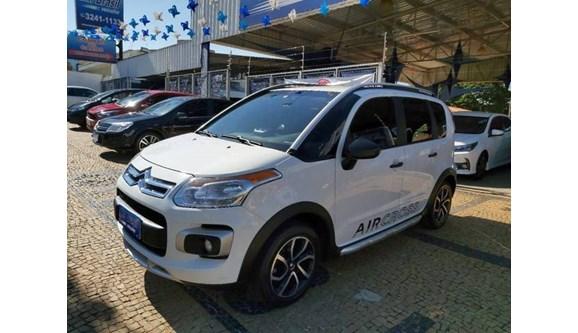 //www.autoline.com.br/carro/citroen/aircross-16-glx-16v-flex-4p-manual/2012/campinas-sp/11360297