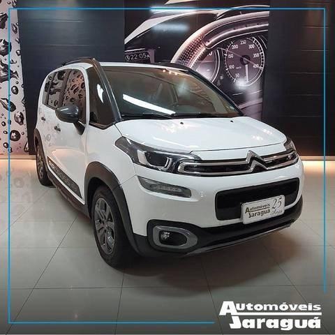 //www.autoline.com.br/carro/citroen/aircross-16-shine-16v-flex-4p-automatico/2018/jaragua-do-sul-sc/12303479
