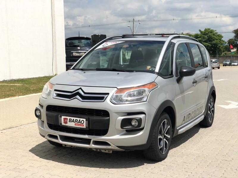 //www.autoline.com.br/carro/citroen/aircross-16-glx-16v-flex-4p-automatico/2012/jacarei-sp/12396719