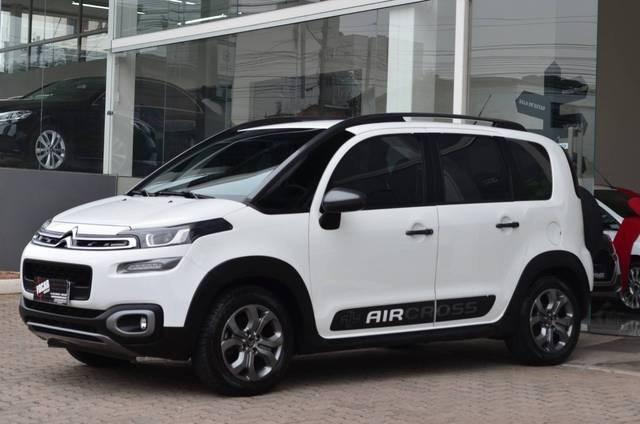 //www.autoline.com.br/carro/citroen/aircross-16-shine-16v-flex-4p-automatico/2018/caxias-do-sul-rs/12773665