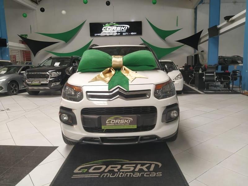 //www.autoline.com.br/carro/citroen/aircross-16-exclusive-16v-flex-4p-automatico/2015/curitiba-pr/14006508