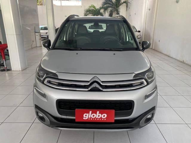 //www.autoline.com.br/carro/citroen/aircross-16-shine-16v-flex-4p-automatico/2017/recife-pe/14194183