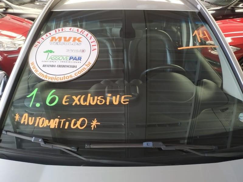 //www.autoline.com.br/carro/citroen/aircross-16-exclusive-16v-flex-4p-automatico/2014/curitiba-pr/14679985