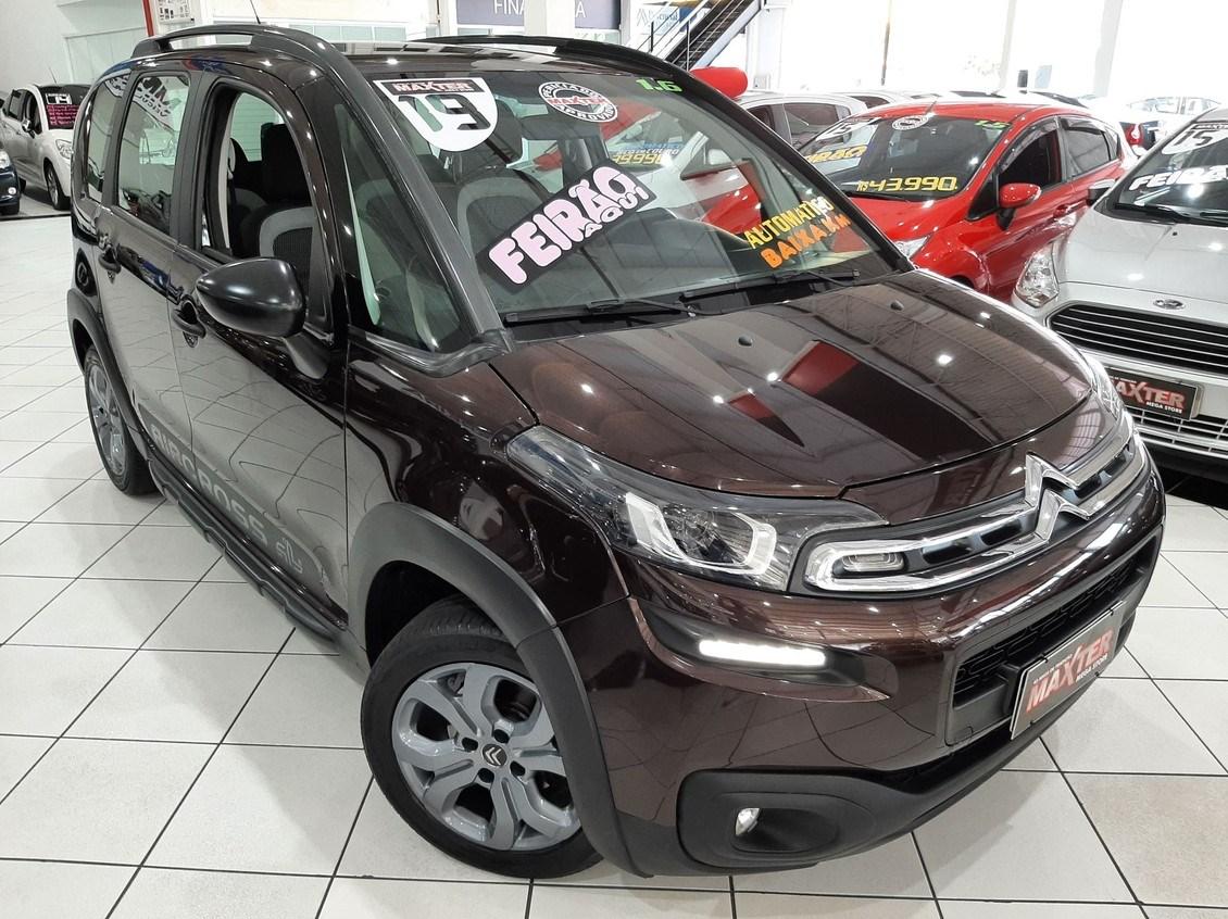 //www.autoline.com.br/carro/citroen/aircross-16-shine-16v-flex-4p-automatico/2019/sao-paulo-sp/14796859