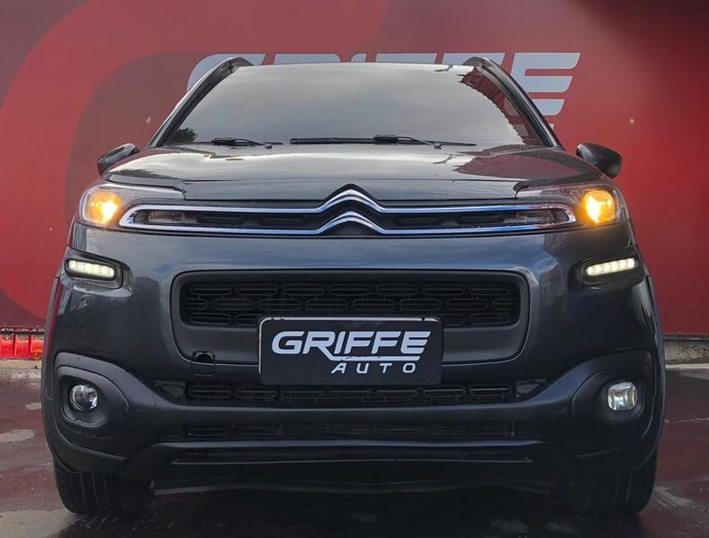 //www.autoline.com.br/carro/citroen/aircross-16-live-16v-flex-4p-automatico/2019/curitiba-pr/15111786