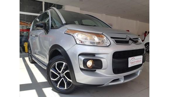 //www.autoline.com.br/carro/citroen/aircross-16-glx-16v-flex-4p-manual/2011/sao-bernardo-do-campo-sp/7317454