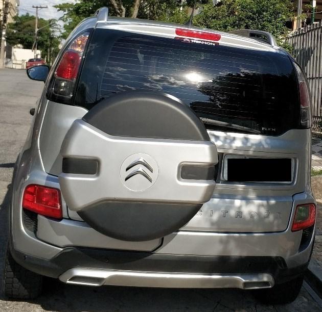 //www.autoline.com.br/carro/citroen/aircross-16-glx-16v-flex-4p-automatico/2012/sao-paulo-sp/7554033