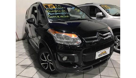 //www.autoline.com.br/carro/citroen/aircross-16-exclusive-16v-flex-4p-automatico/2015/sao-paulo-sp/8904021